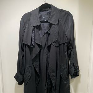 Aritzia Babaton trench coat in small